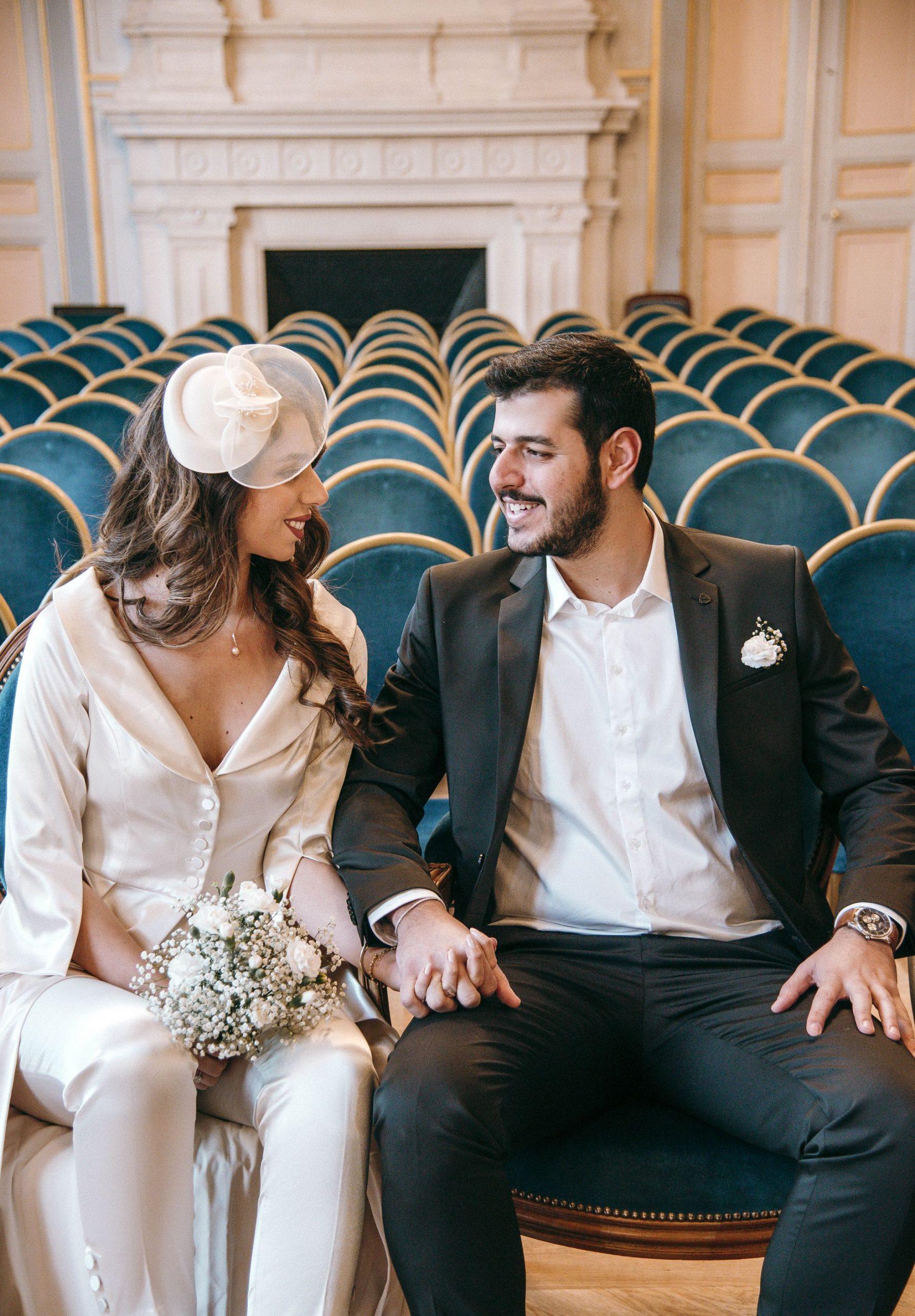 Mariage Mairie à Paris 16eme – Parisian style couple